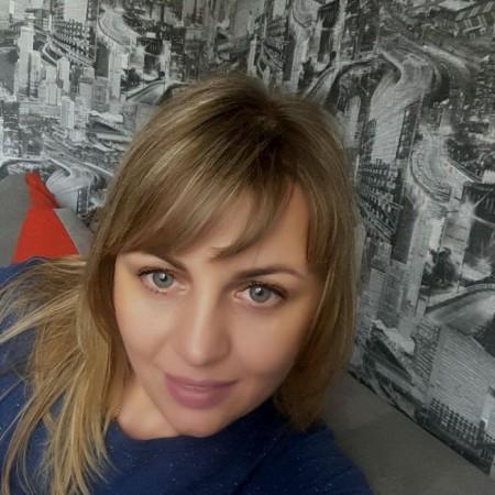Galina  Yarmolska (GalinaYarmolska), Lutsk, Volyns'Ka Oblast'