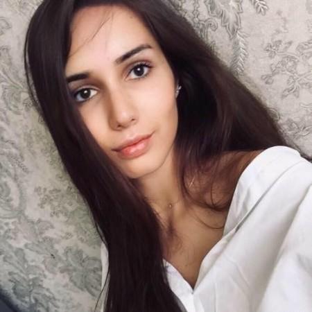 Ivanna Simonovich (IvannaSimonovich)